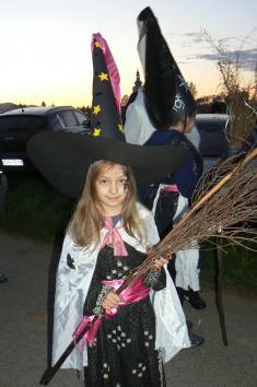 Stavění máje a pálení čarodějnic